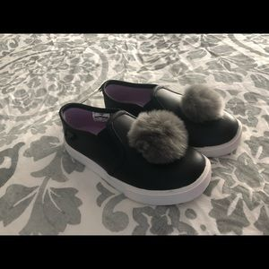 OshKosh B'Gosh Slip on Sneakers